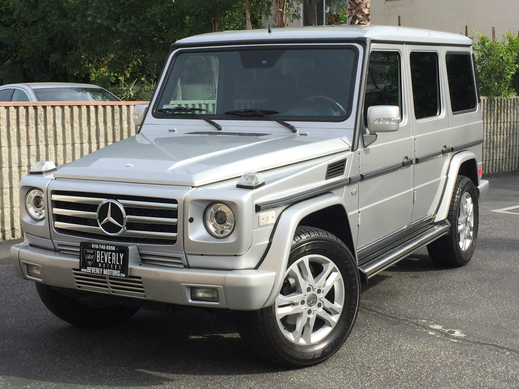 2004 mercedes benz g500 for sale silver on black beverly. Black Bedroom Furniture Sets. Home Design Ideas